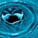 水の粒・波紋