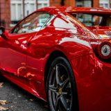 赤いフェラーリ