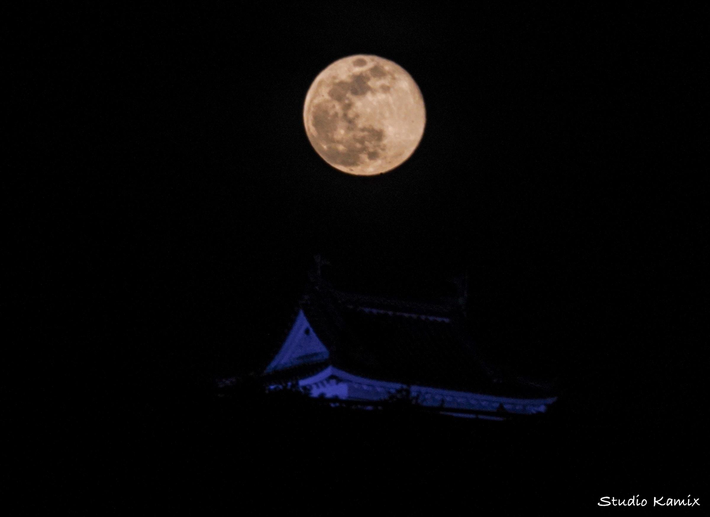 supermoon・月・スーパームーンとお城・高知城