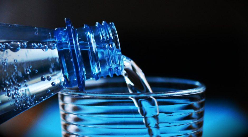 ミネラルウォーター・水