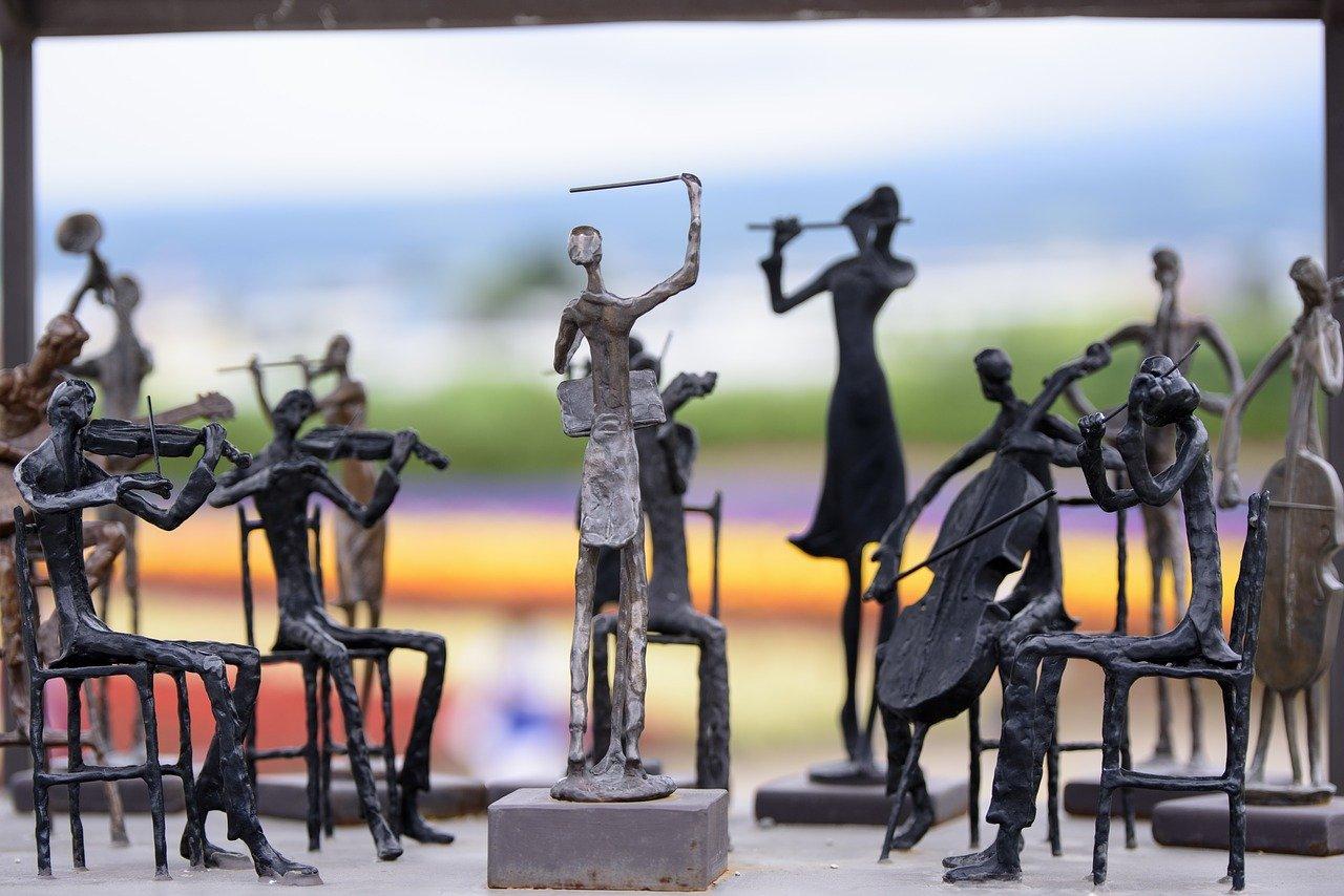 オーケストラ 人形 彫刻