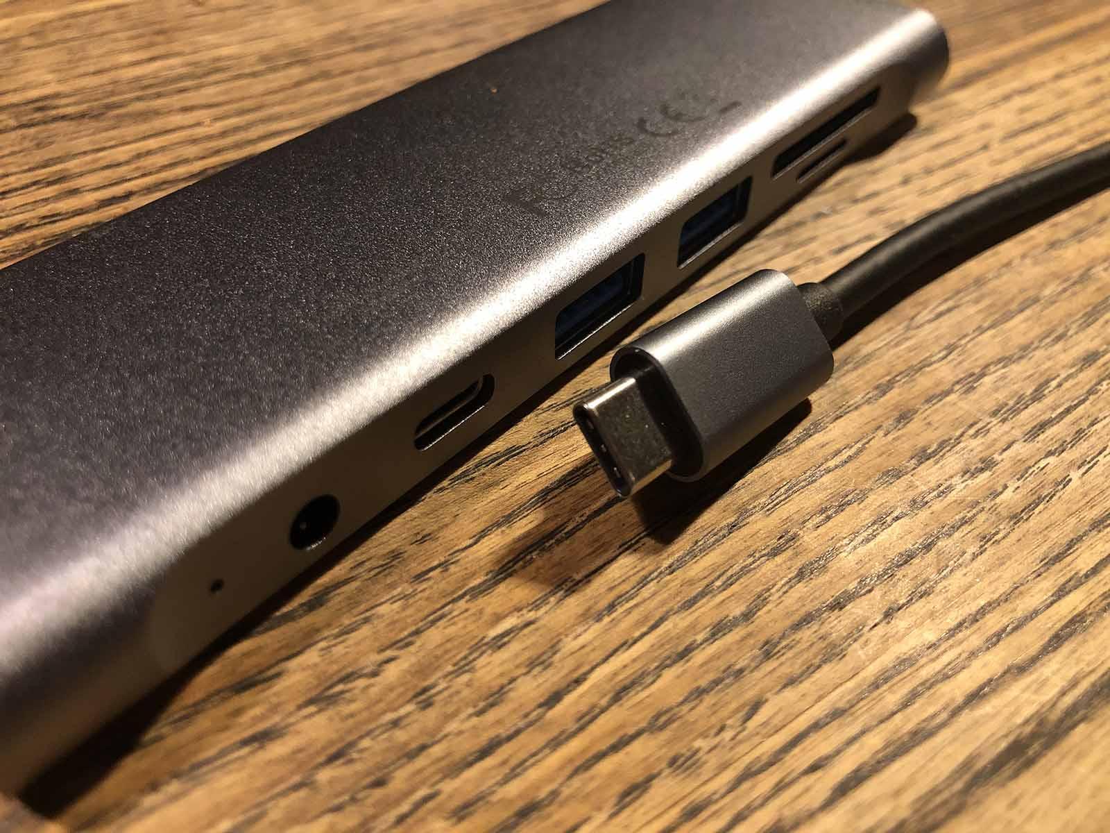 lenttion USB-C hub ハブ